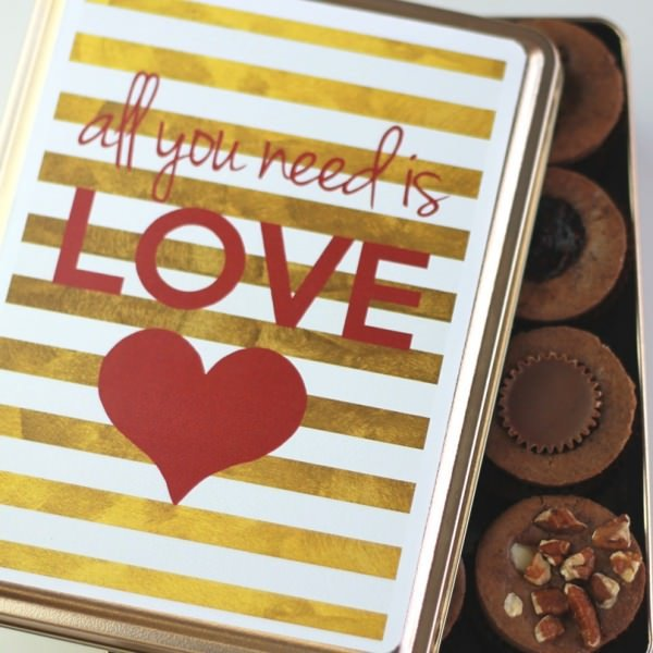 All You Need is Love Feature- 24 Minis-0