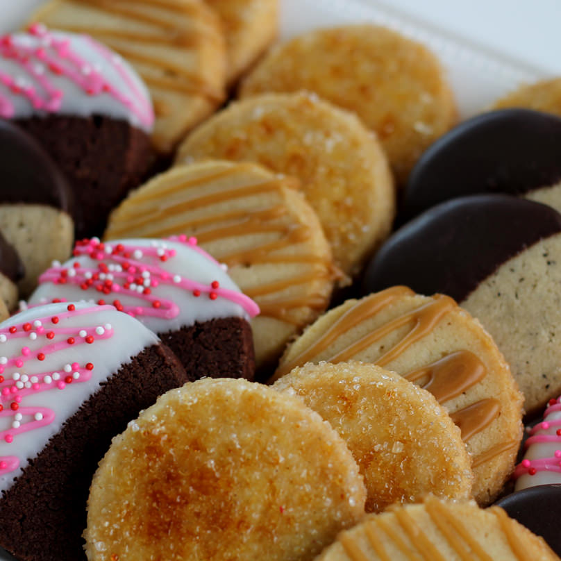 Valentine Shortbread Sampler Tin-0