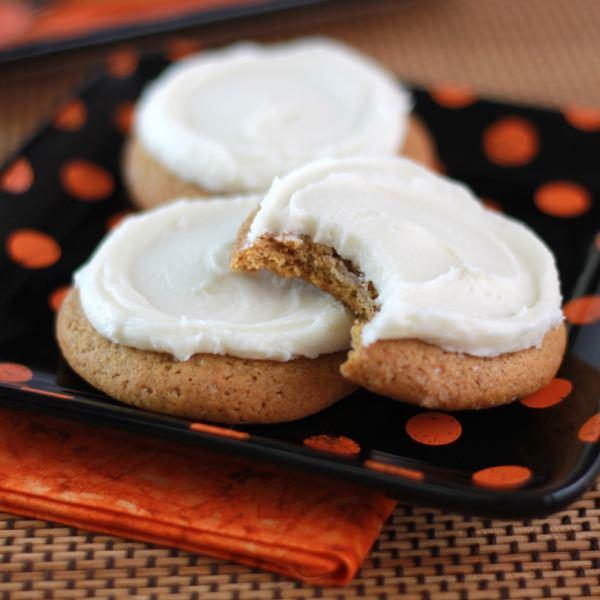 Buttercream Pumpkin Cookies-1103